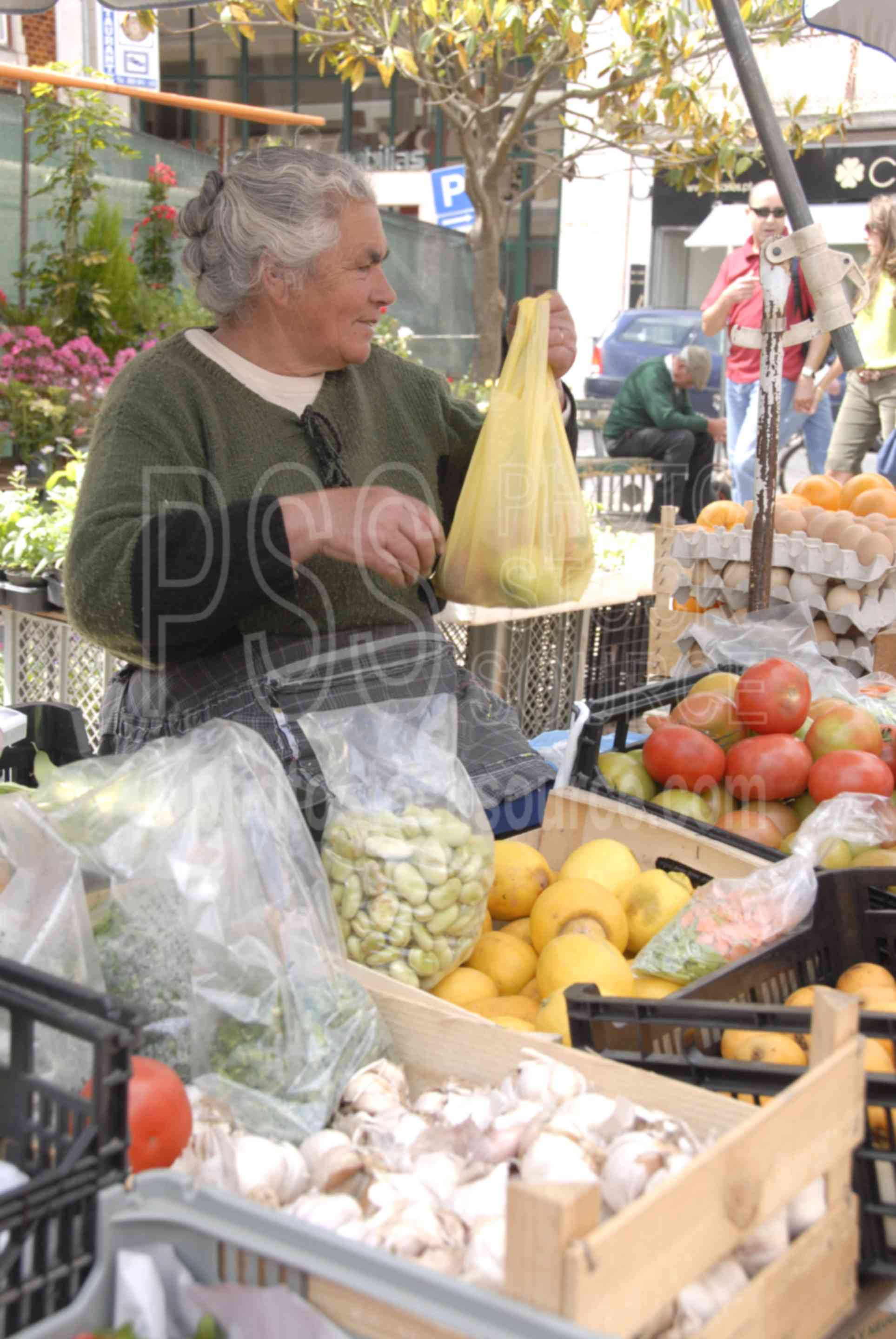 Vegetable Seller,food,seller,vendor,vegetable,woman,market,mercado das caldas