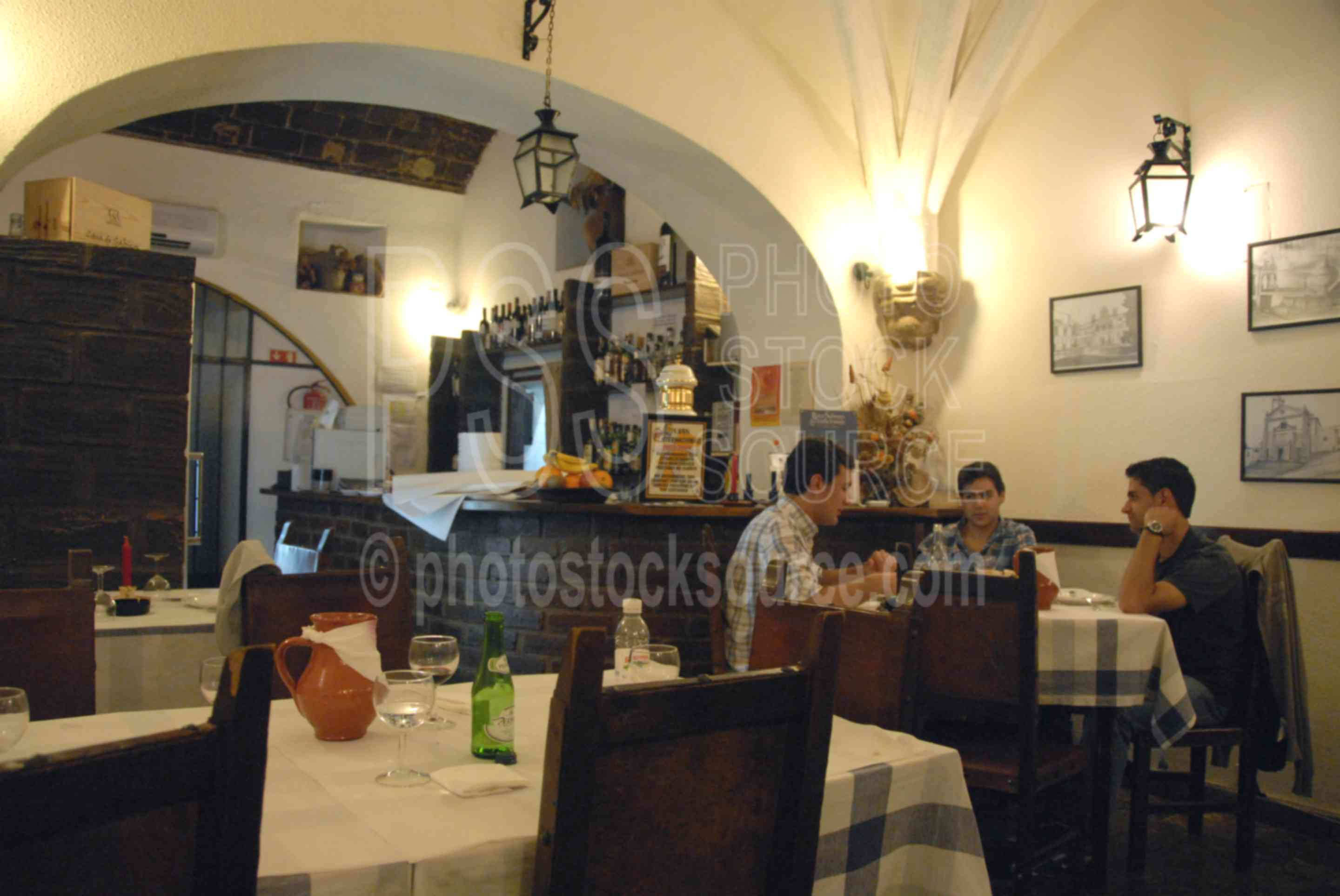 Restaurante Taverna,restaurant,dining,dinner,eating