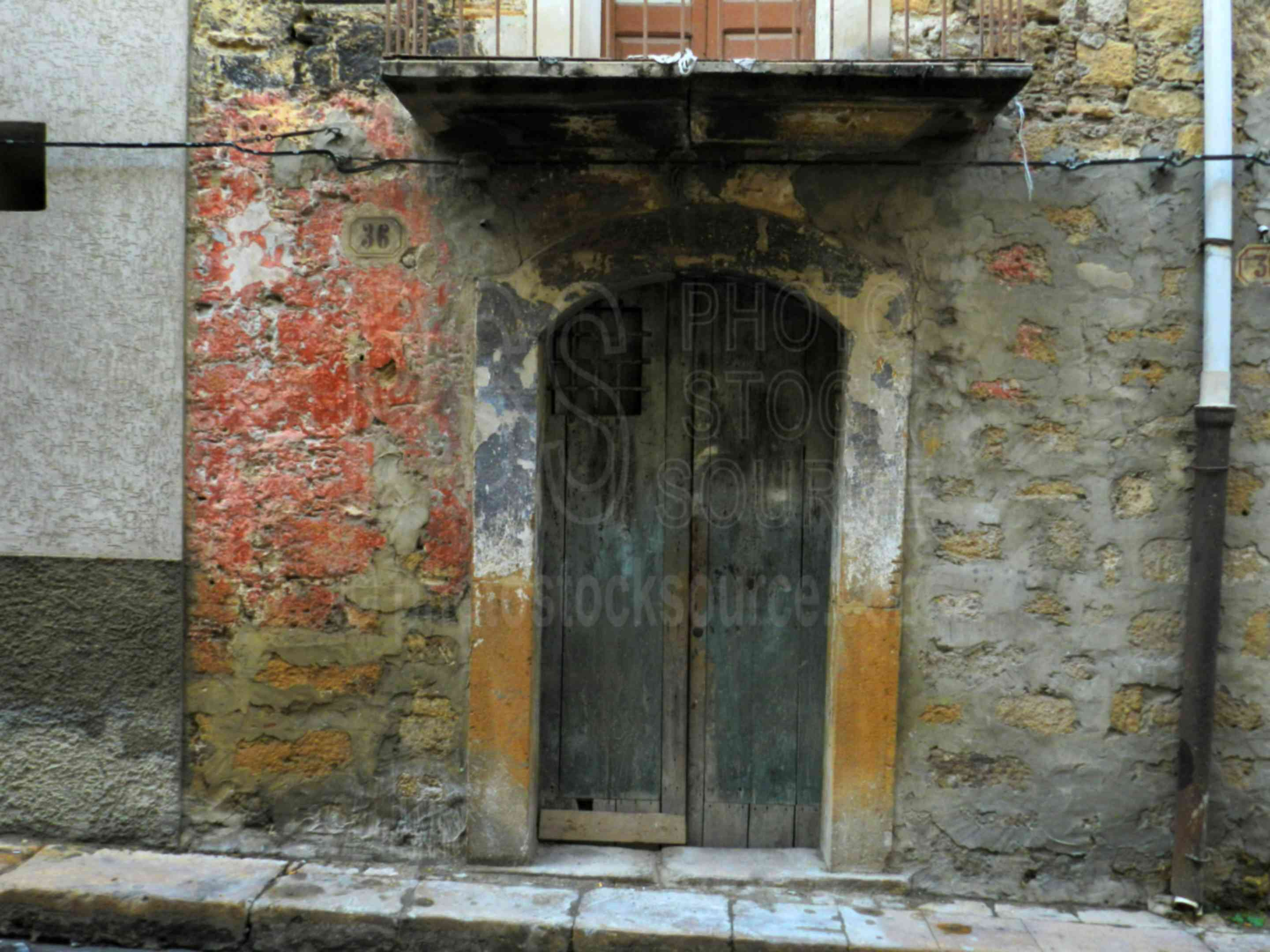 Old Door,piazza armerina,door,street