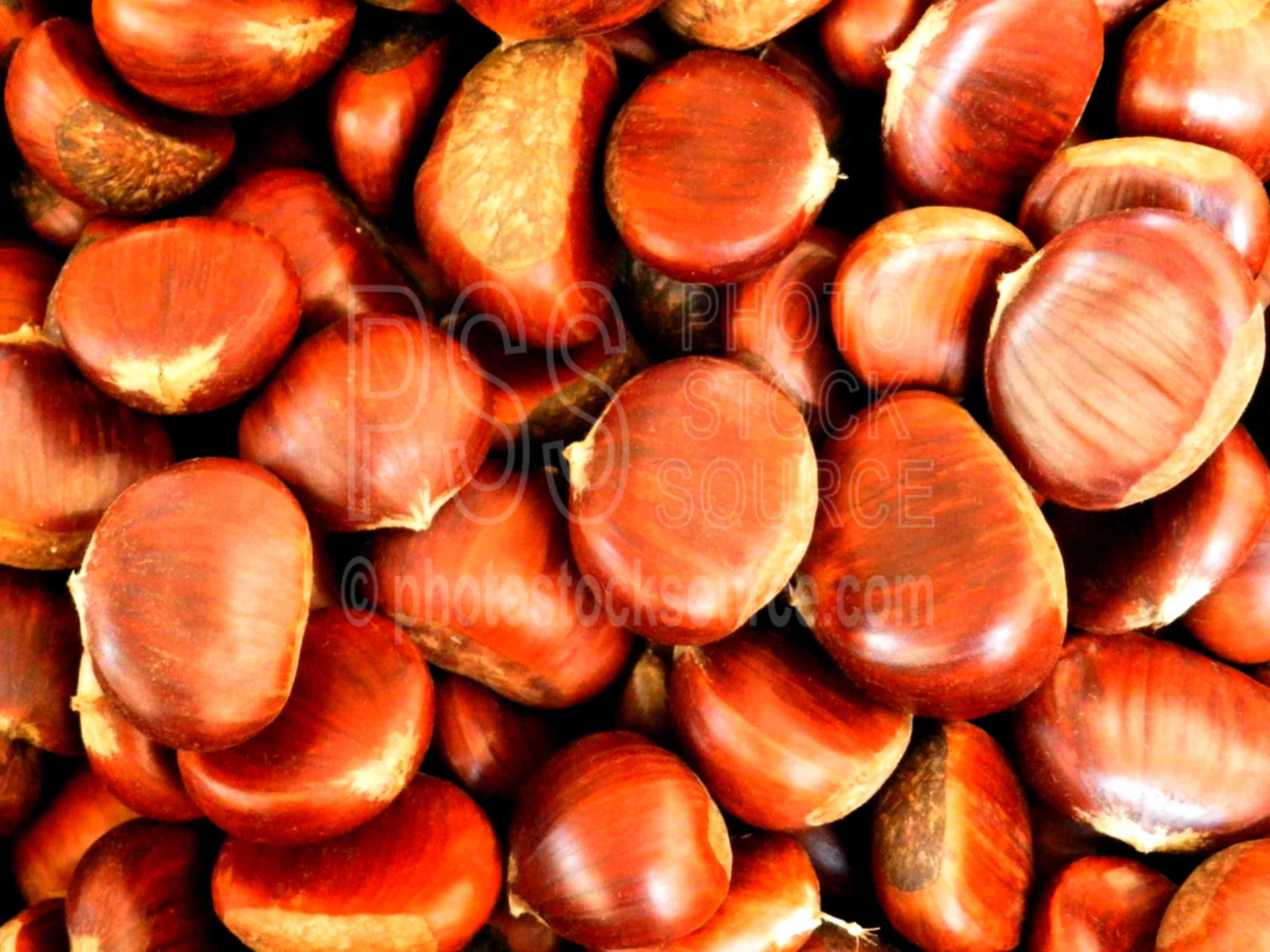 Chestnuts in the Market,siracusa,ortigia,ortygia,food,chestnuts,fruit,sell,selling