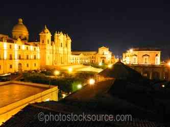 Photo of Noto Cathedral at Night