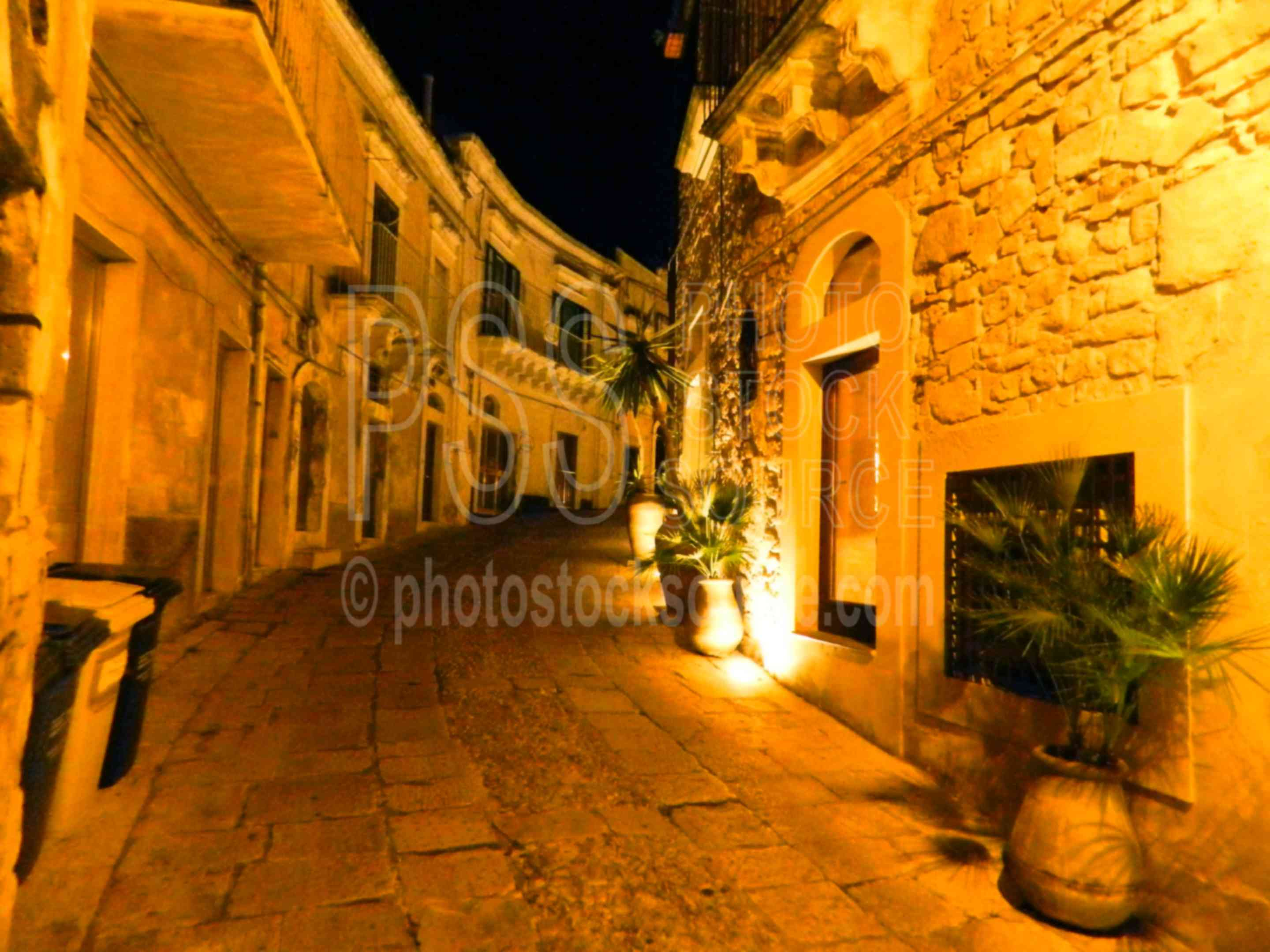 Ragusa Streets at Night,ragusa,ragusa ibla,streets,night