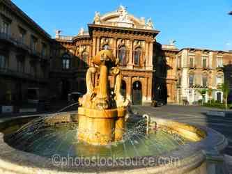 Teatro Bellini Fountain
