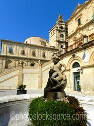 Piazza dellImmacolata Statue