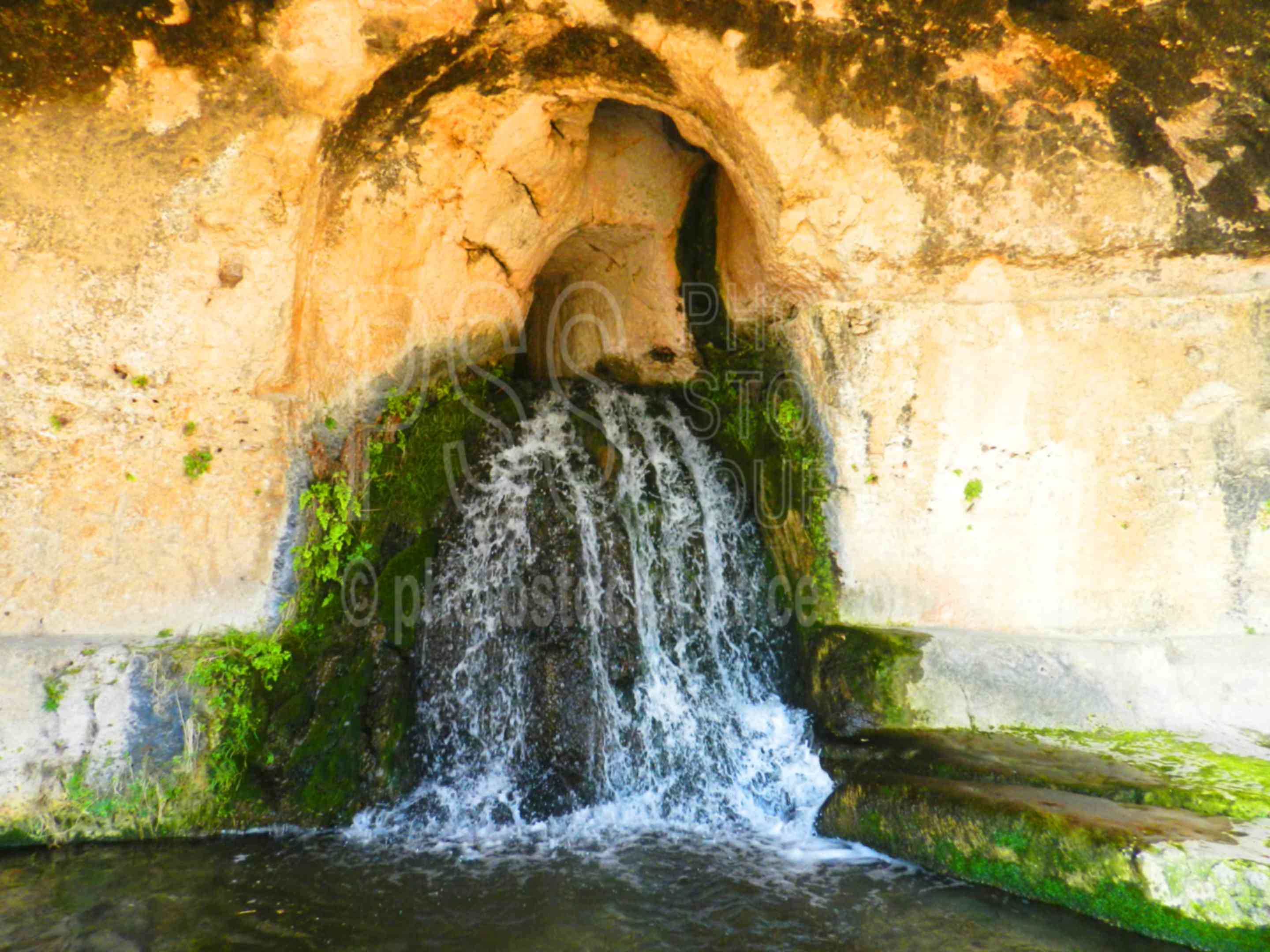 Grotta del Museion,siracusa,archaeology,theatre,theater,greek,performance,ancient,history,historic,ruin,ruins,waterfall,aquaduct