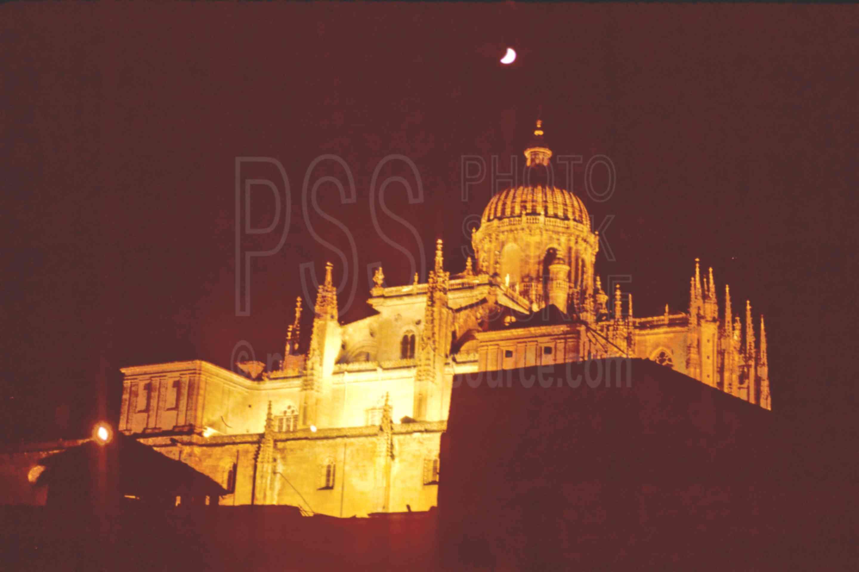 New Church and Moon,church,europe,moon,night,architecture,churches