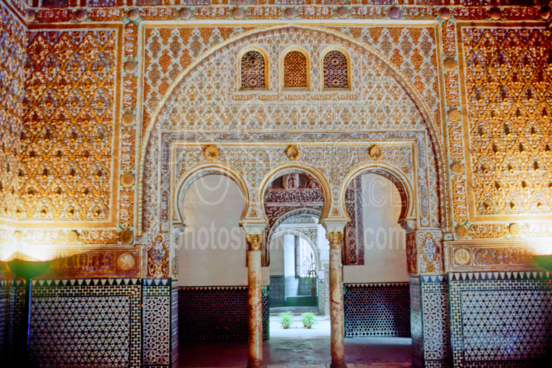 In the Alcazar,alcazar,europe,moorish arch,architecture