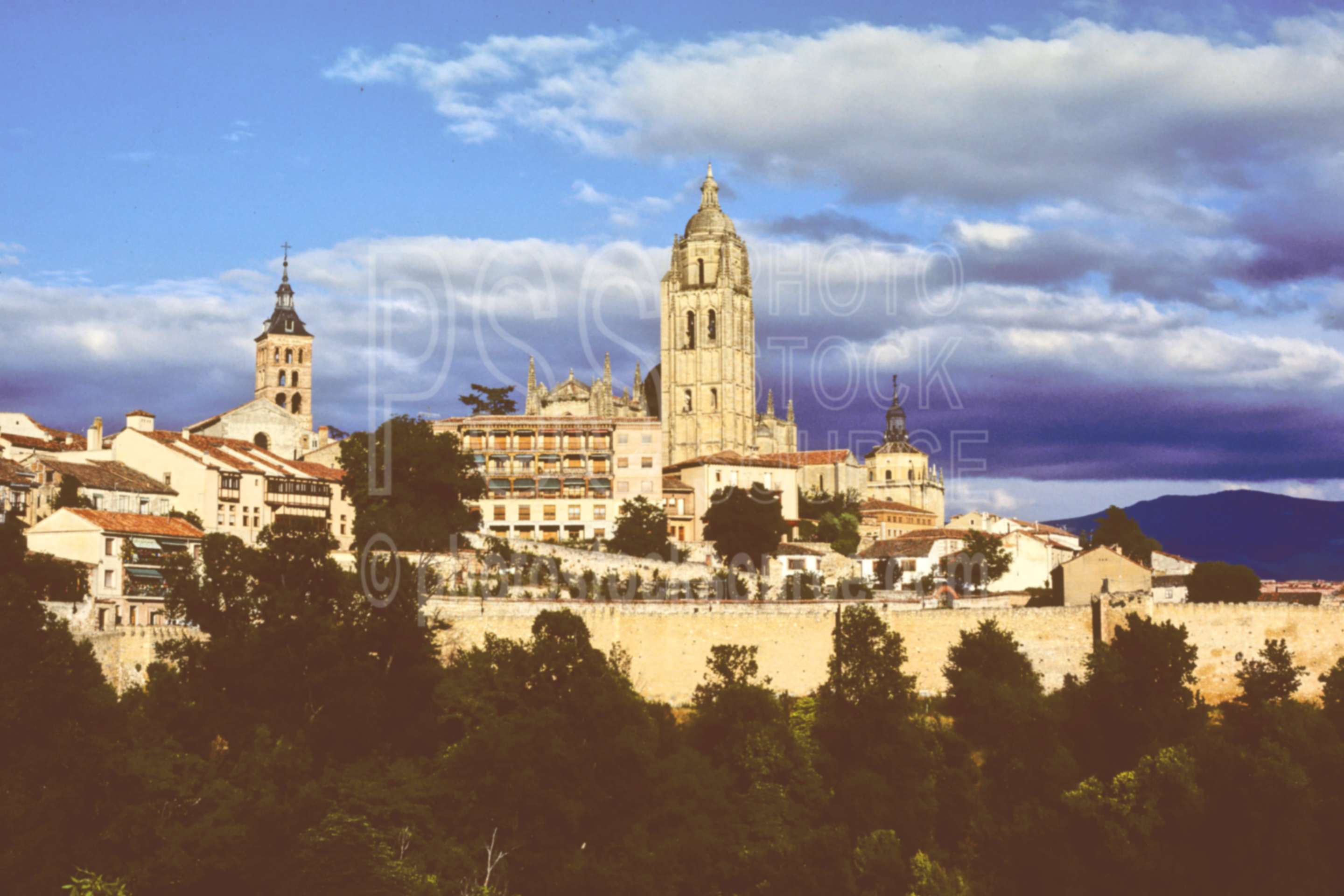 Cathedral,church,city,europe,cities,churches