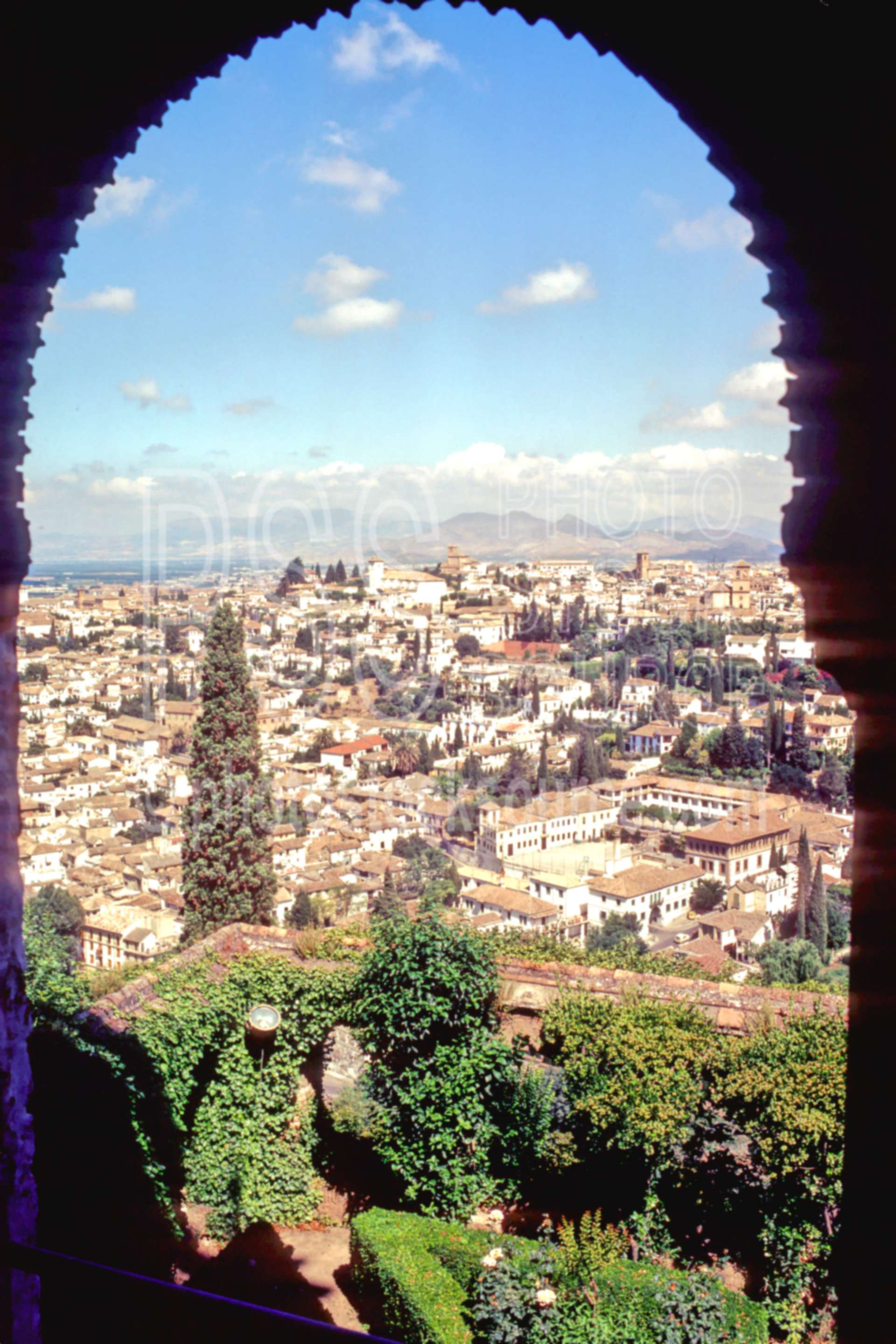 From the Alhambra,alhambra,europe,moorish arch