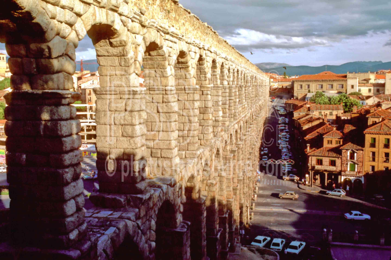 Roman Aqueduct,aquaduct,aqueduct,building,europe,roman