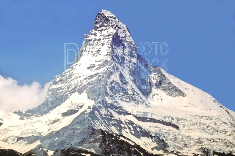 Matterhorn from Sunnega,europe,matterhorn,nature