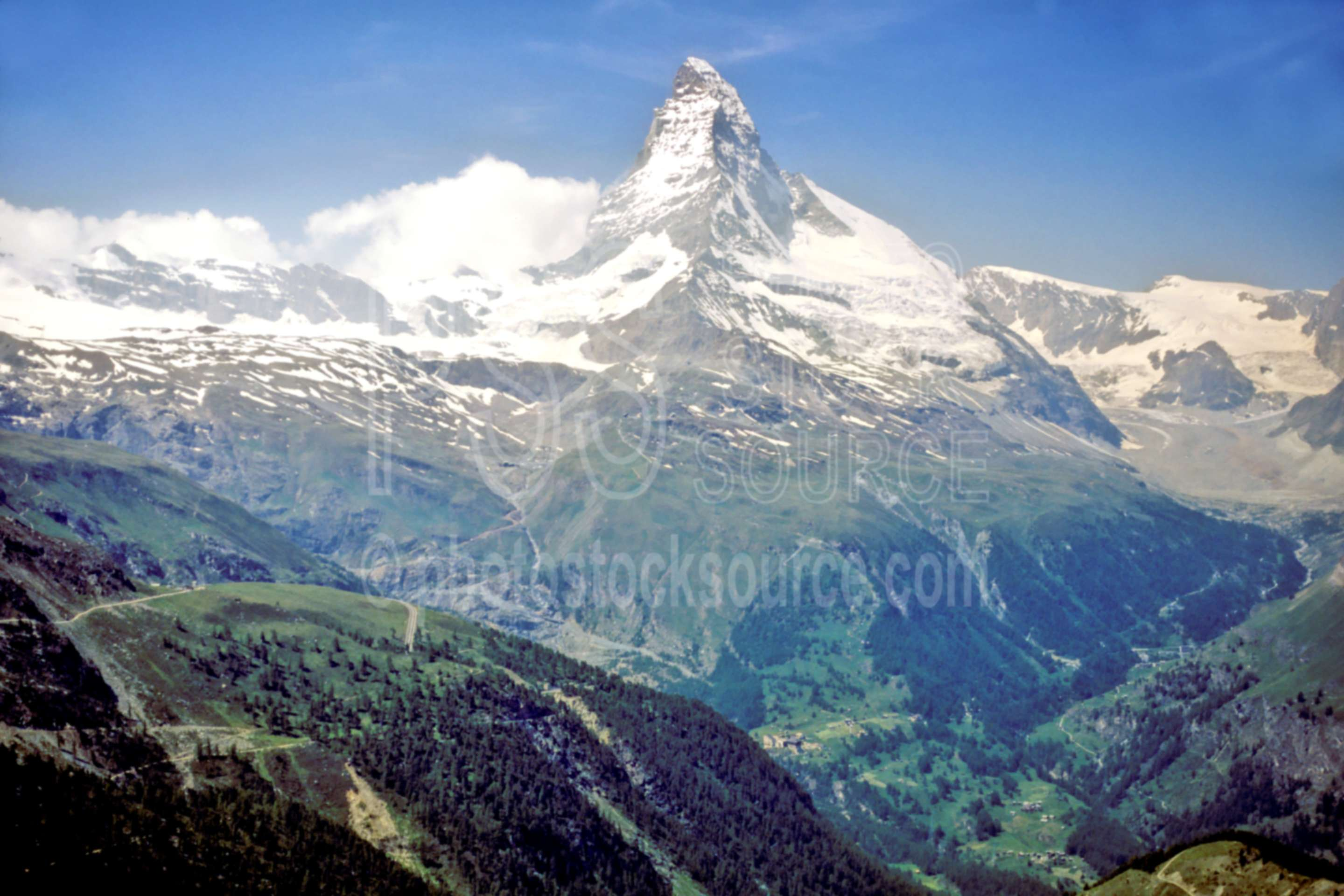 Matterhorn from Sunnega,europe,matterhorn,nature