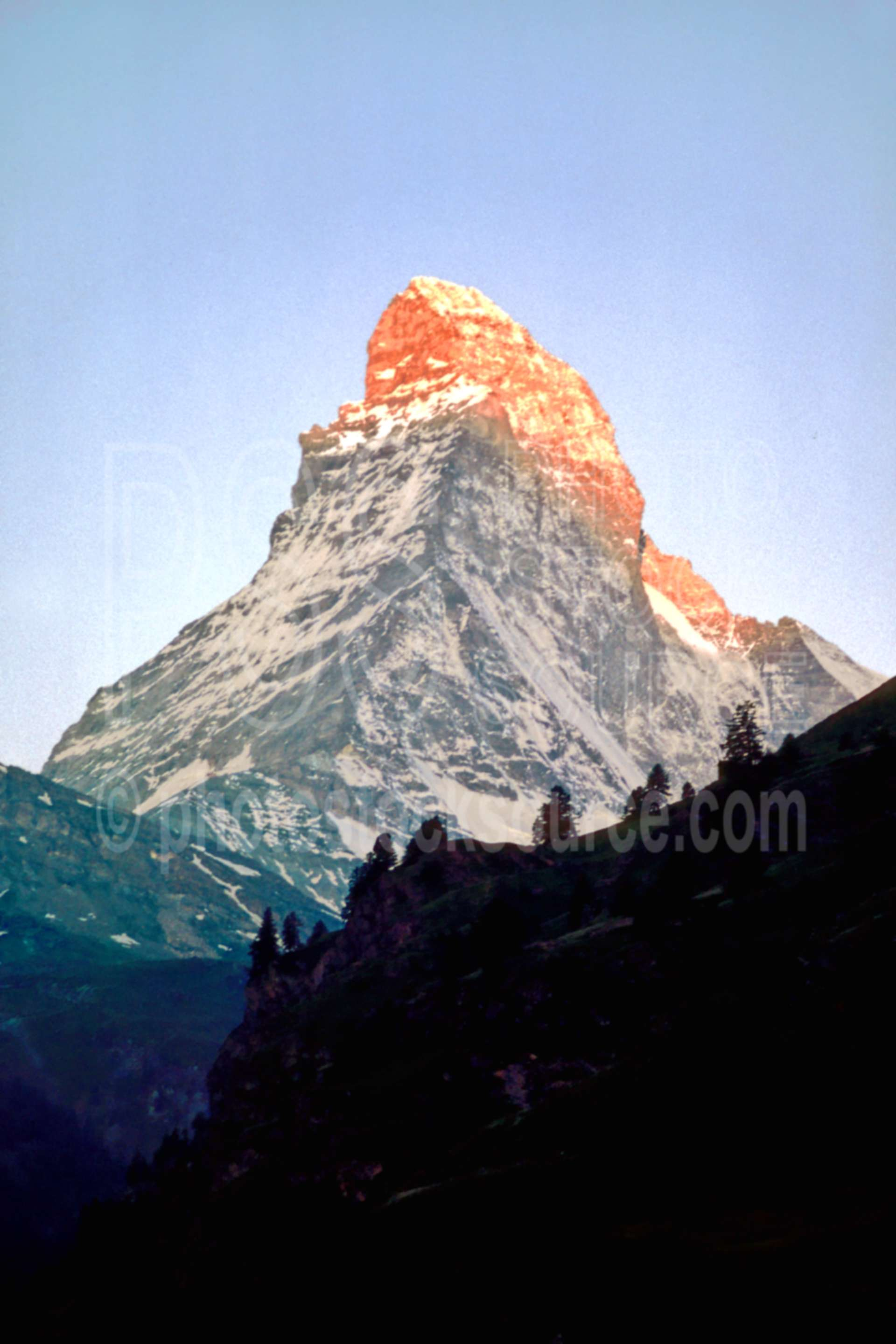 Matterhorn at Sunset,europe,matterhorn,sunset,nature,mountains