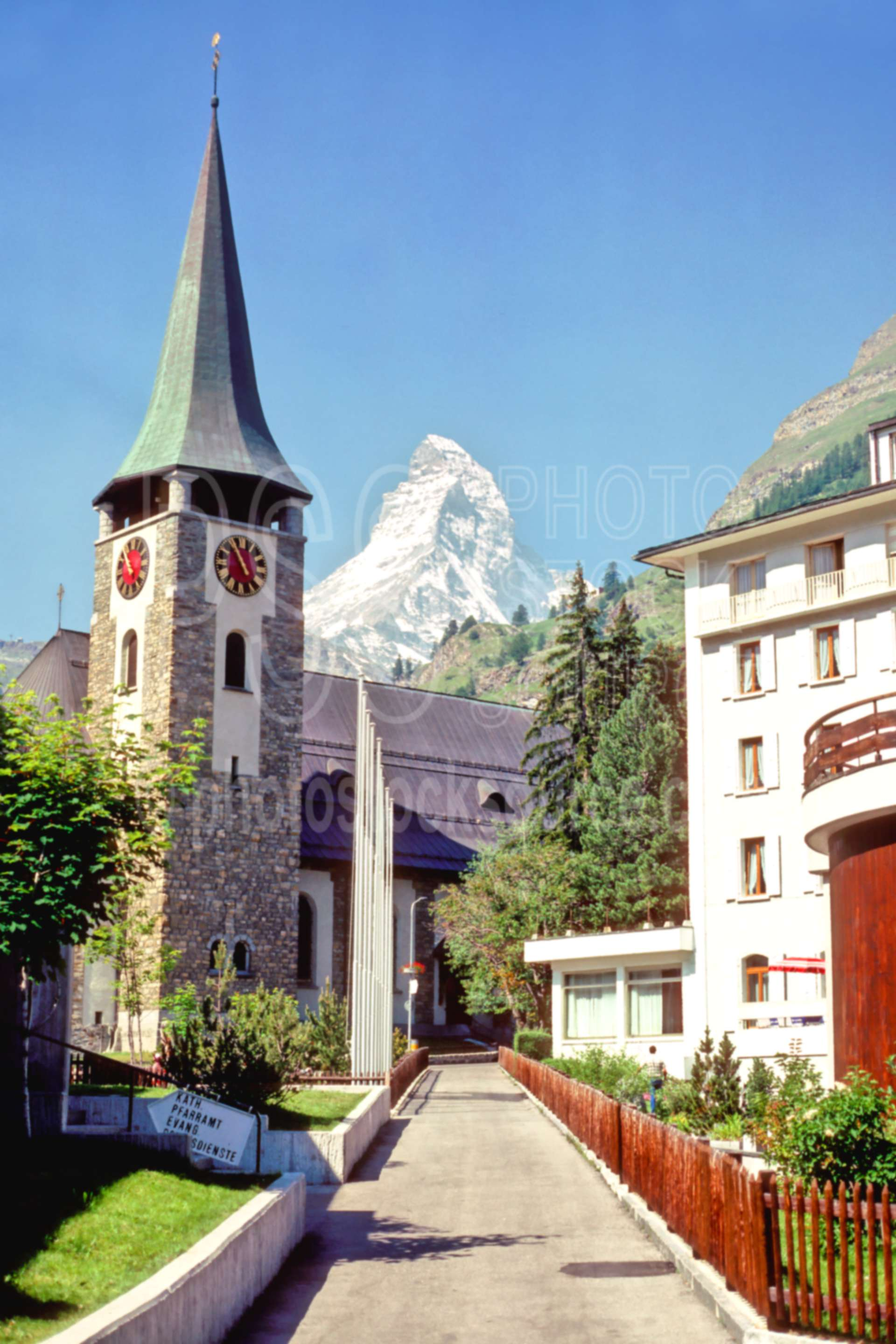 Matterhorn from Zermatt,europe,matterhorn,church,villages,churches