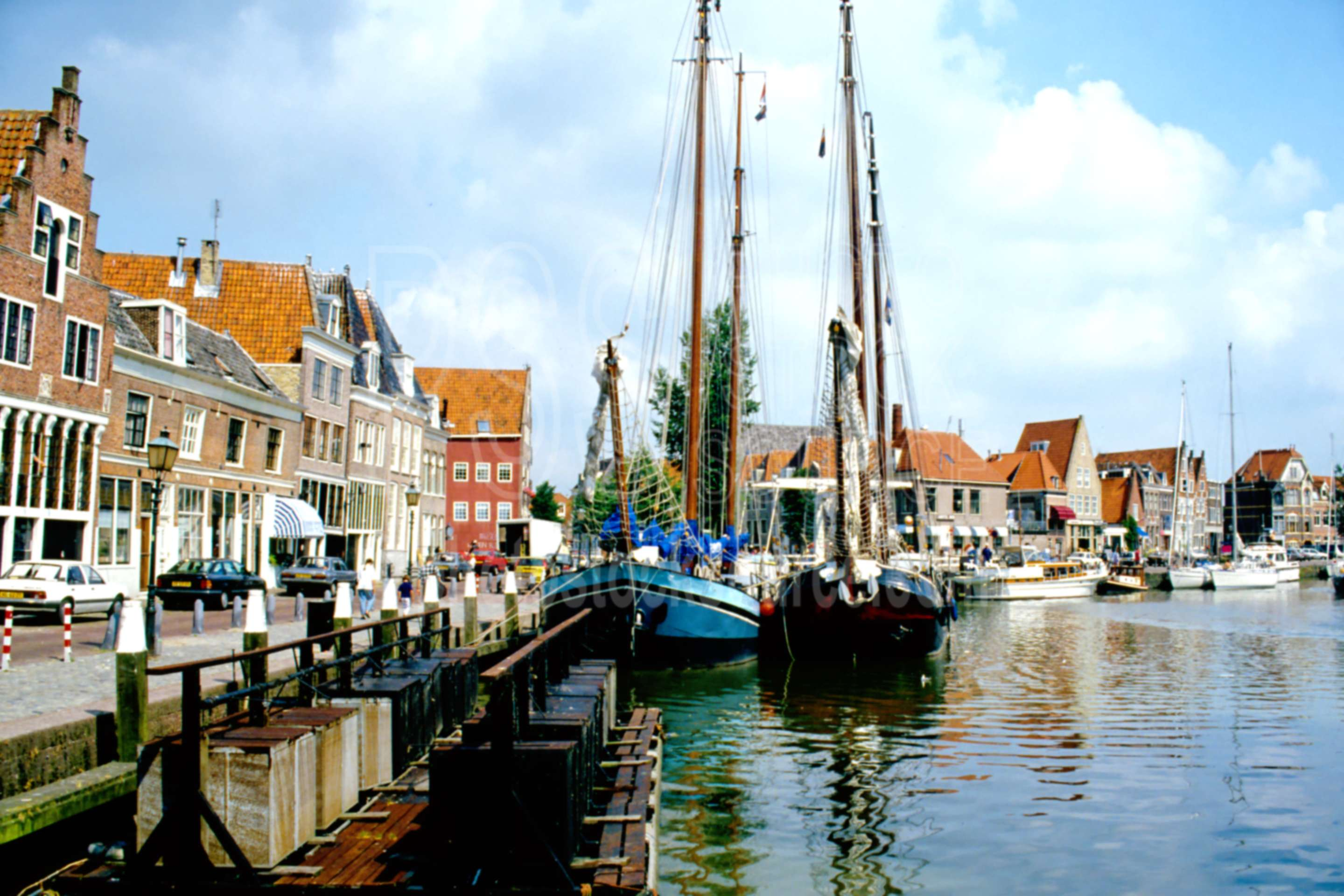 Boat in the Harbor,europe,harbor,holland,wharf,boats