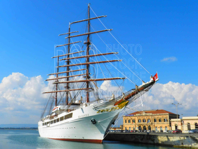 Seacloud II Sailing Ship,siracusa,ortigia,ortygia,ship,sailing,masts,tall ship