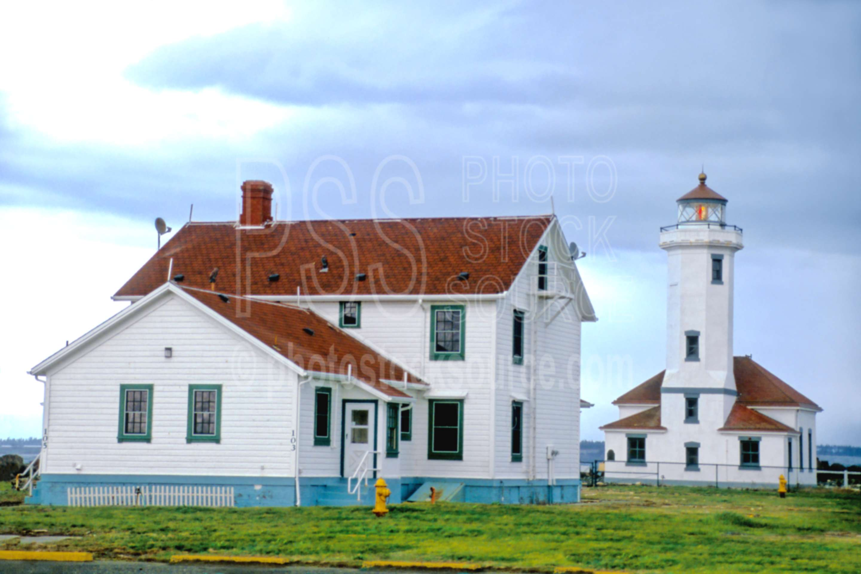 Point Wilson Lighthouse,point wilson,usas,nature,lighthouses